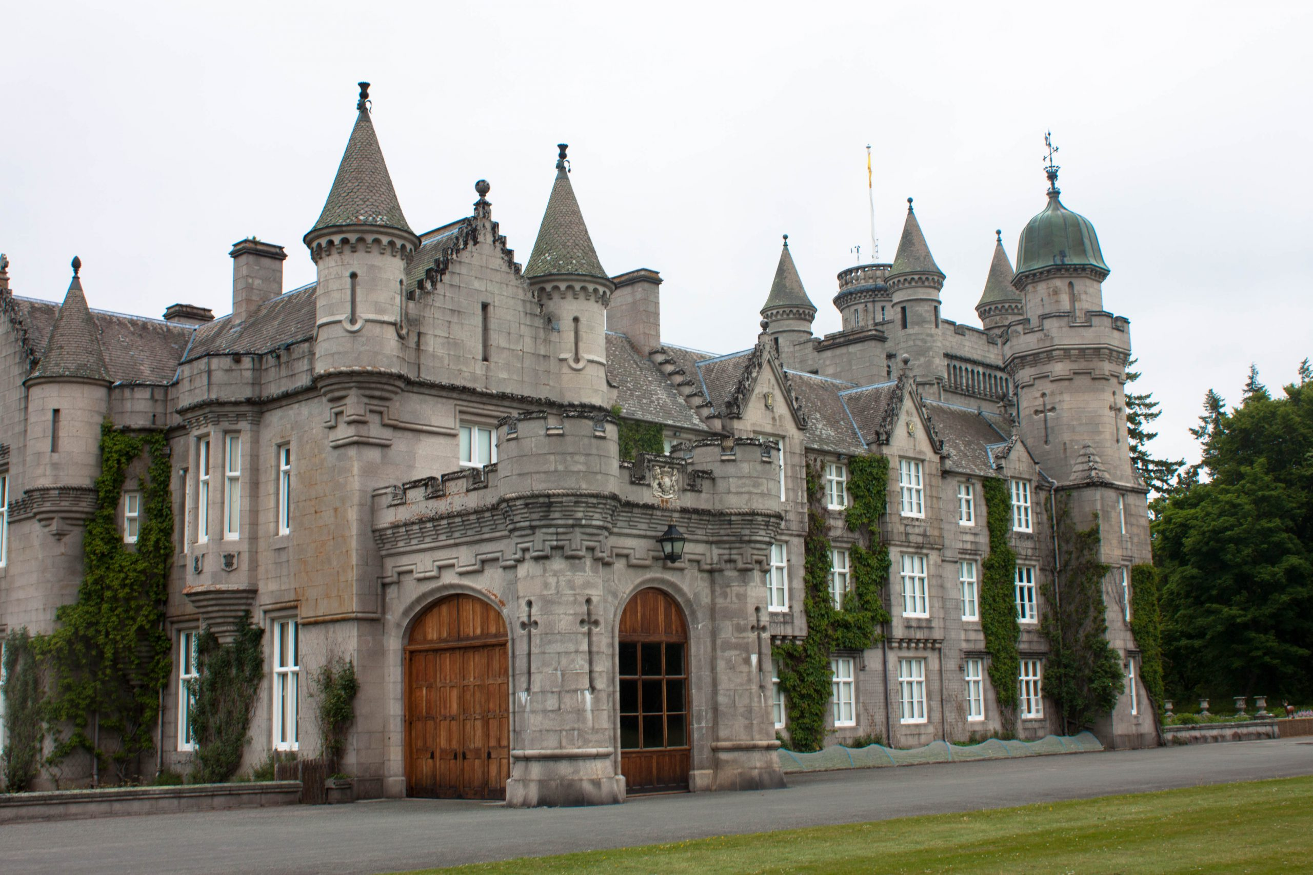 Day 13: The Malt Whisky Trail, Balmoral Castle, and an awesome Edinburgh hotel #HIUK16