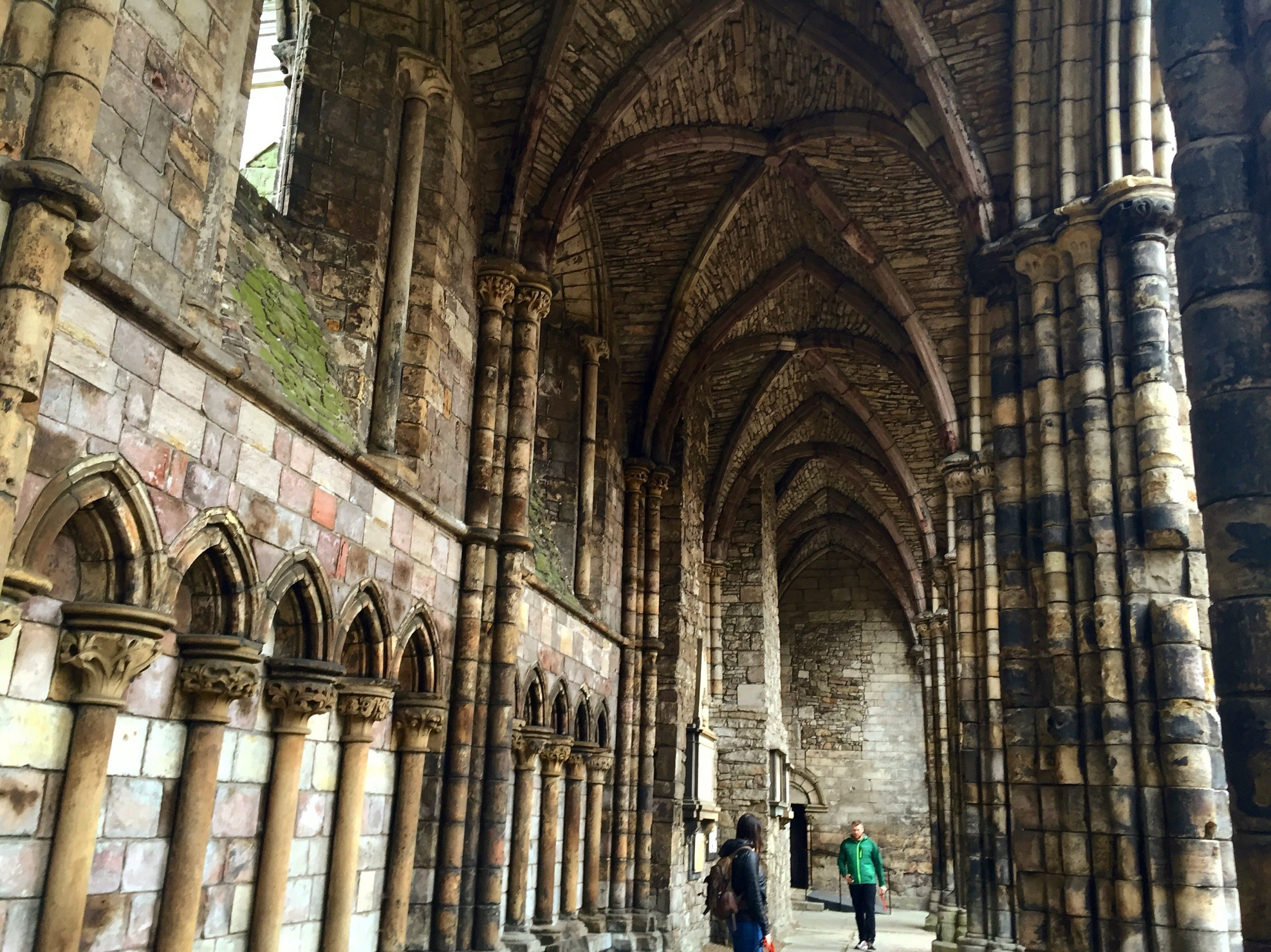 Day 14: Holyrood Castle, Edinburgh And Linlithgow Palace #HIUK16